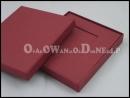 Bordowe pudełko na kartę podarunkową rabatową voucher