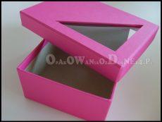 Różowe pudełko ozdobne z okienkiem