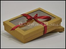 Pudełko z okienkiem na pościel, ręcznik, koszule